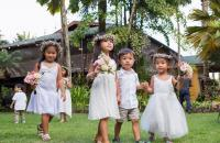 During a visit to Hawaii and wedding, Gilda's family. How cute!