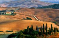 Find serenity under the Tuscan sun!
